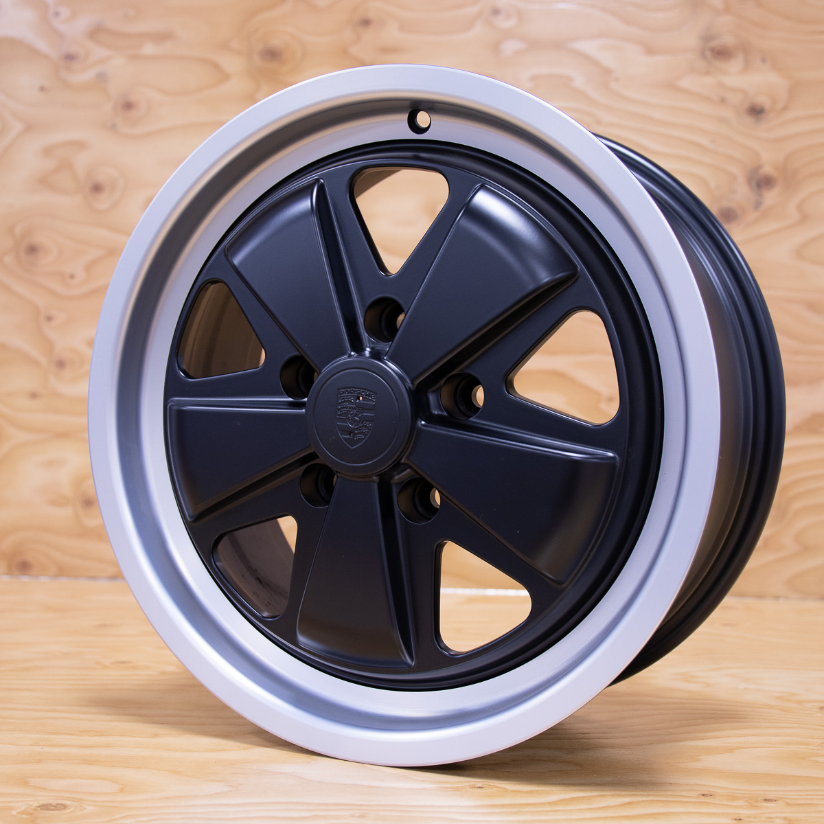 Fuchs 18 Inch Black Face Wheels For Porsche Service Auto Premium